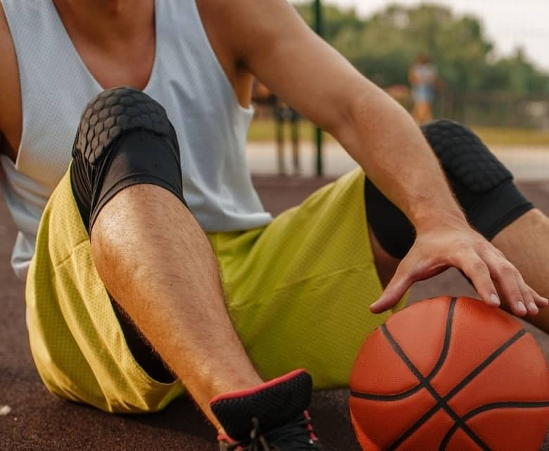 best basketball knee pads: knee pads for basketball