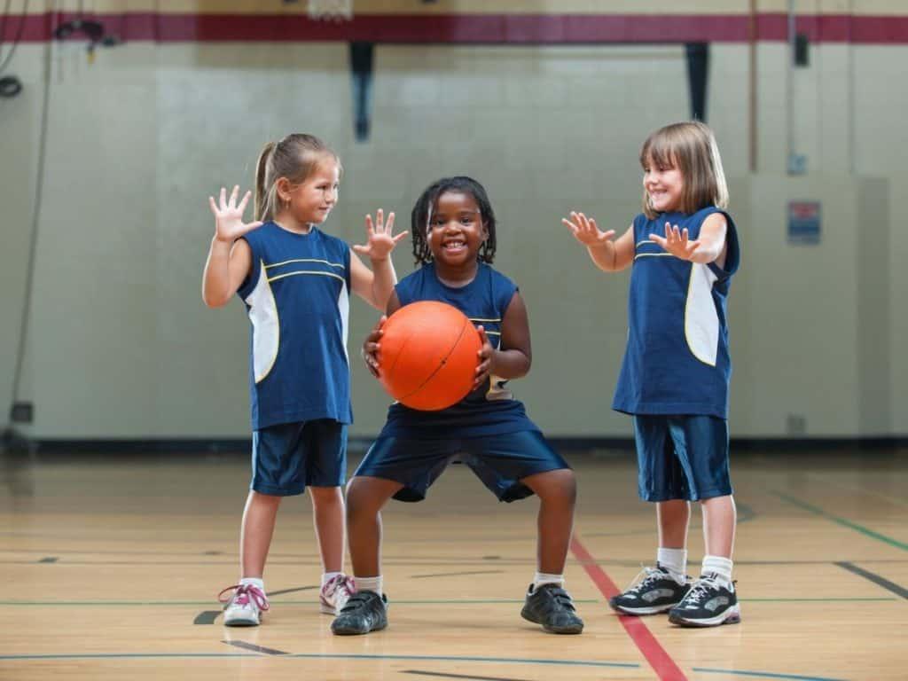 best kids basketball shoes. best basketball shoes for kids. Best Basketball Shoes for Beginners. Best basketball shoes for youth girl.