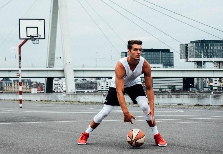 best basketball knee sleeves in 2021.